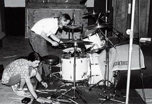 Nirvana Dave Grohl setting up drums in Sound City
